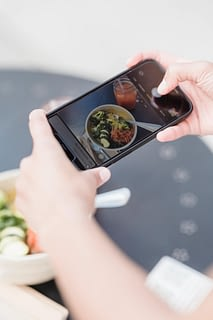 organic engagement of restaurants and hospitality brands