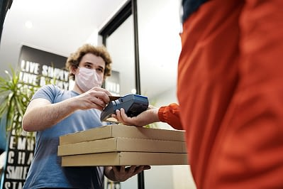 customer experience in the age of mobile food delivery